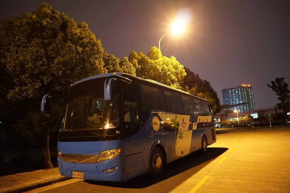 Light-Night-View-Buses-615583.jpg